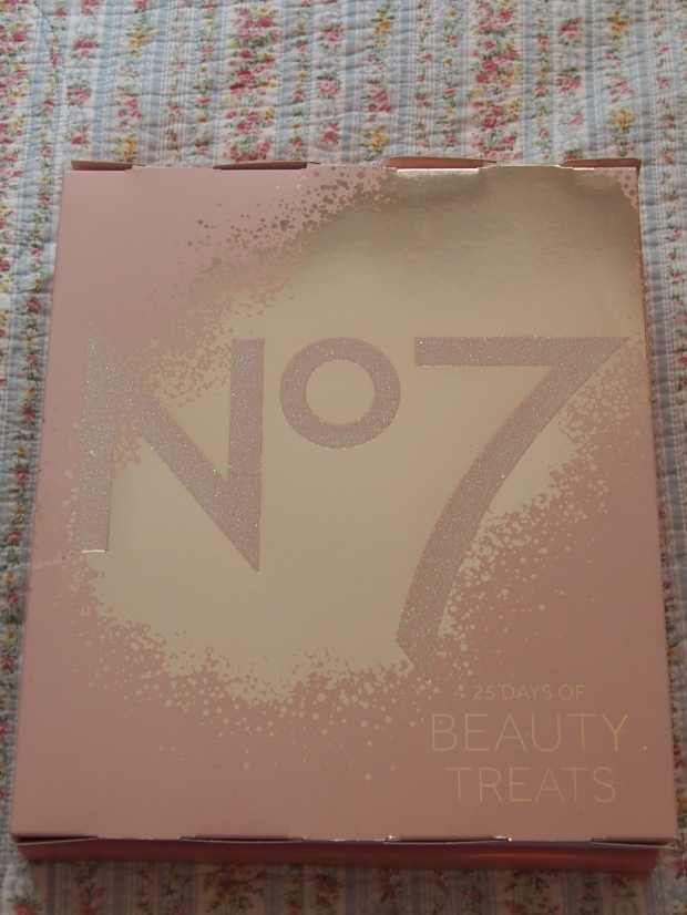 No7 Advent calender