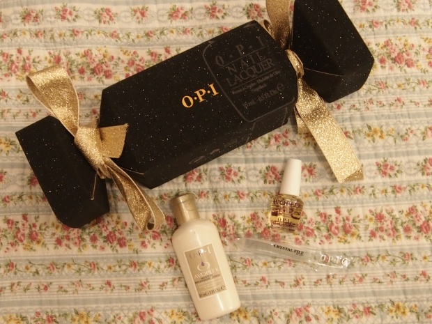 QVC exclusive OPI Christmas cracker Avoplex gifts